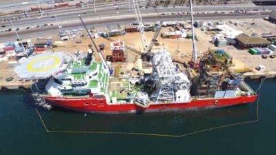 navire extraction du diamant en mer